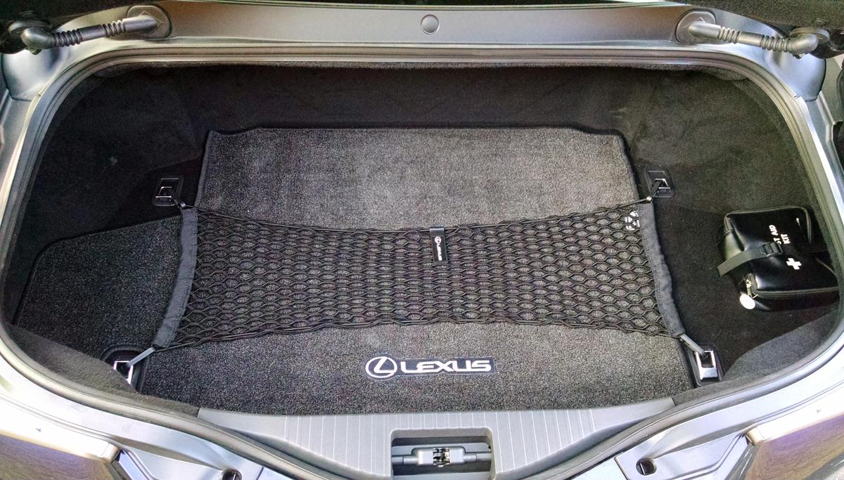 18-Lexus-LC500H-14