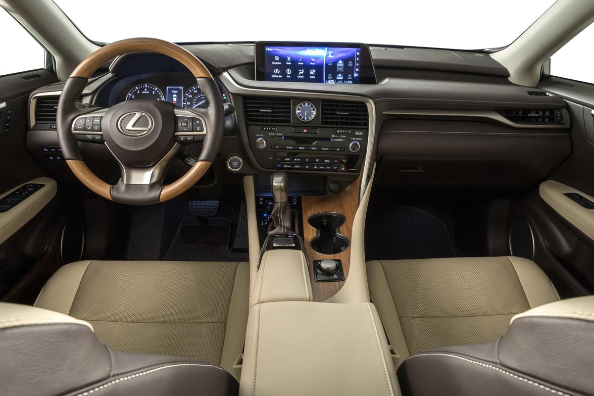 18-Lexus-RX-350L-11