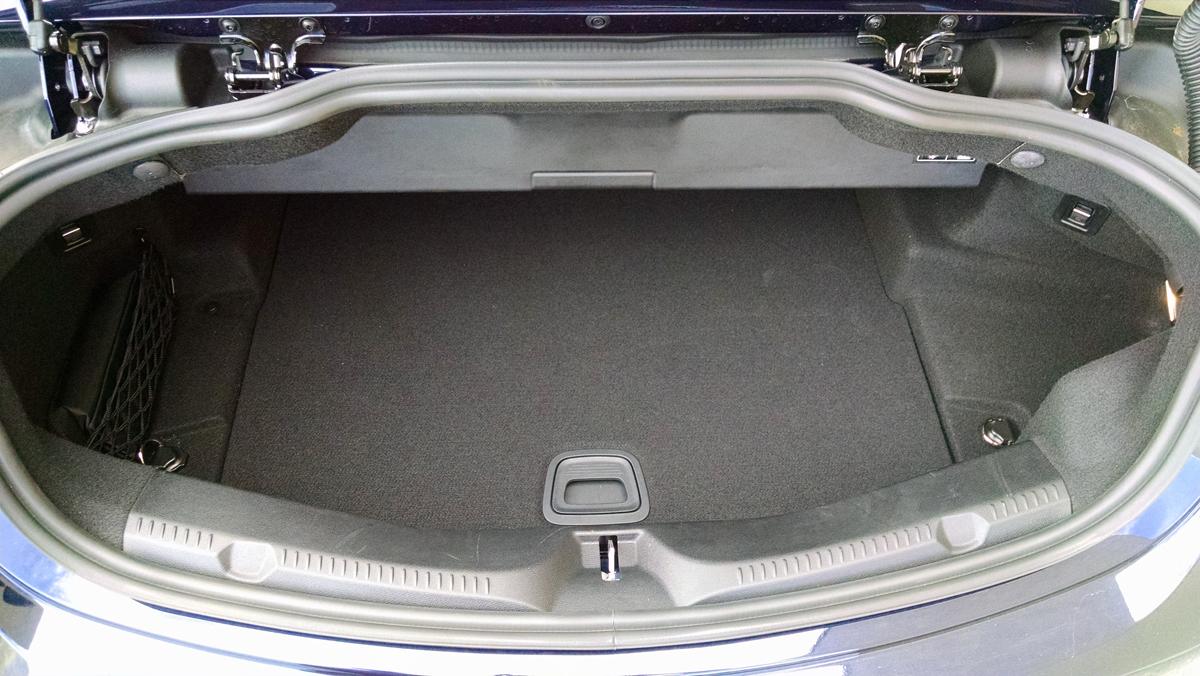18-Mercedes-Benz-E400-Cabriolet-1