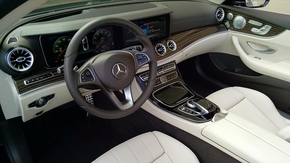 18-Mercedes-Benz-E400-Cabriolet-4