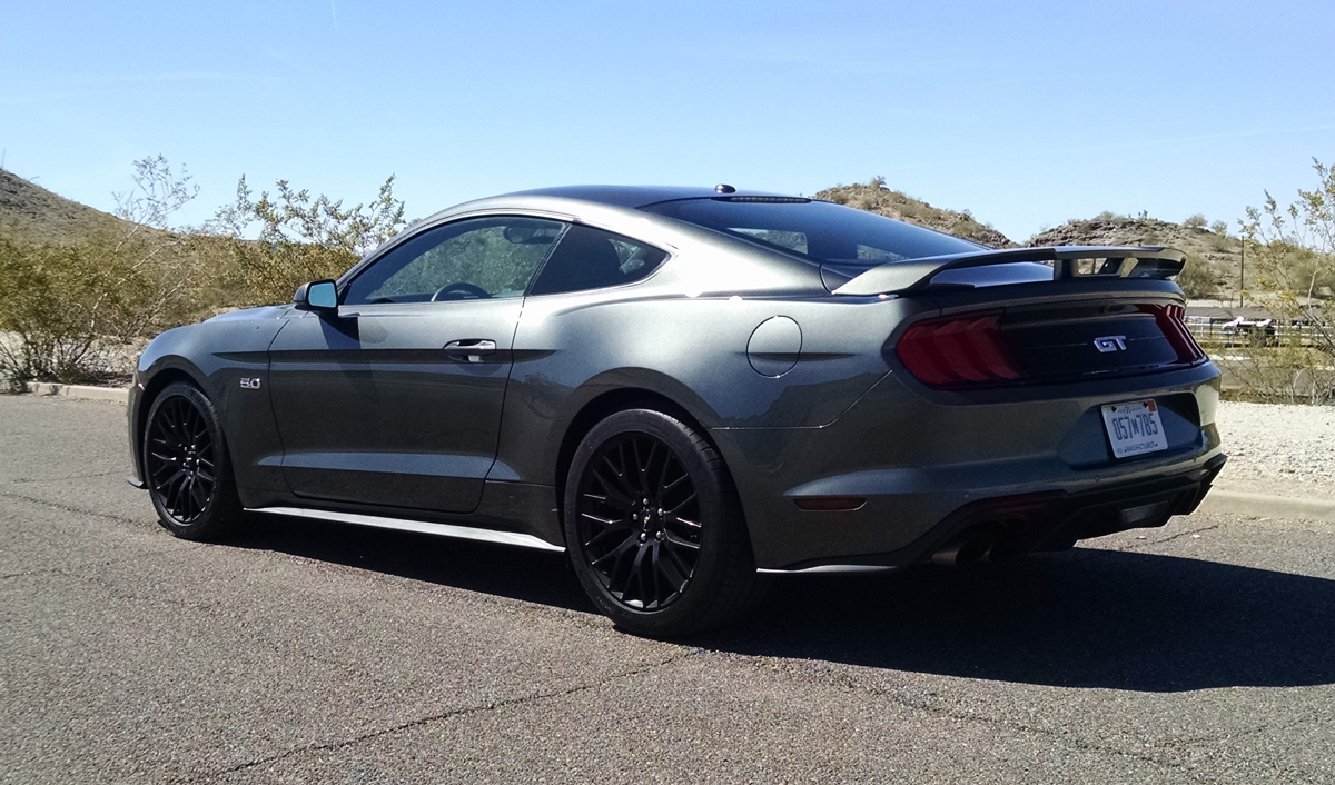 18-ford-mustang-gt-12