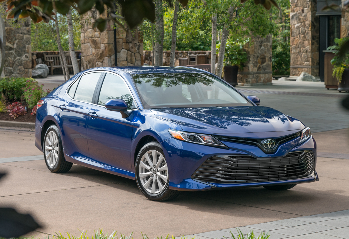 2018-Toyota-Camry-LE-2