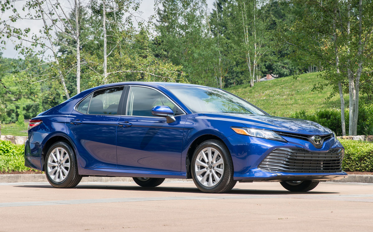 toyota camry xle v6 2018 price 2018 toyota camry priced at 24 380 the torque report 2018. Black Bedroom Furniture Sets. Home Design Ideas