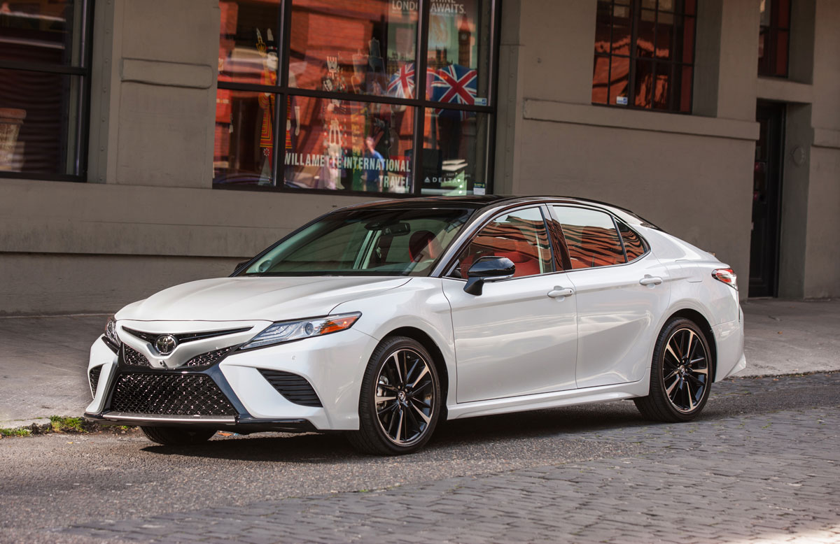 Lowered 2018 Camry >> Trim Grades Explained: 2018 Toyota Camry - TestDriven.TV