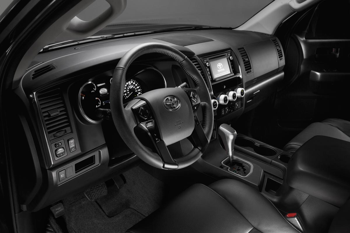 18-Toyota-Sequoia-5