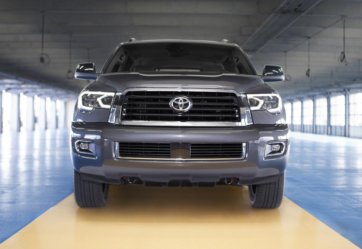 18-Toyota-Sequoia-7