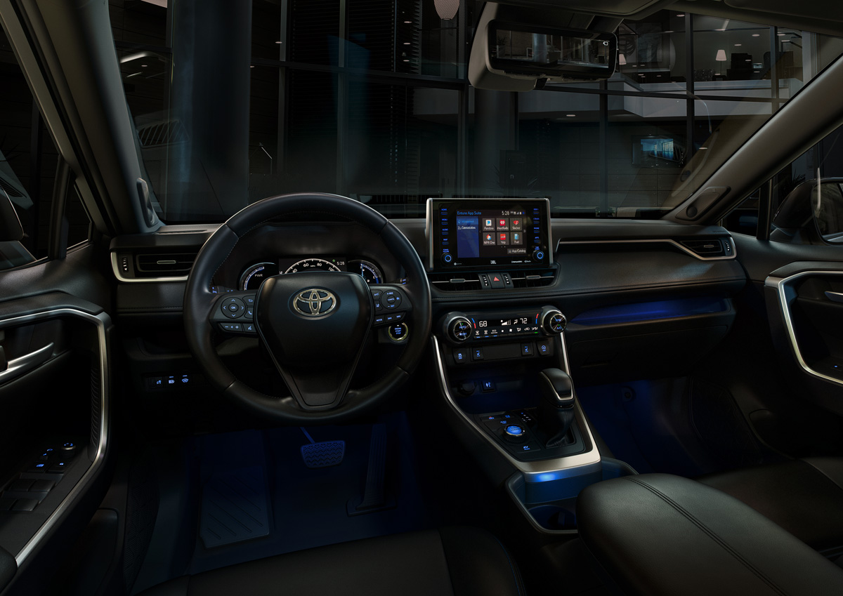 19-Toyota-RAV4-12