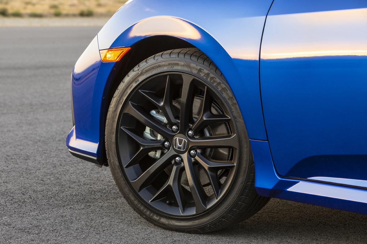 Honda-Civic-2020-10
