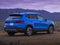 22-Volkswagen-Taos-2