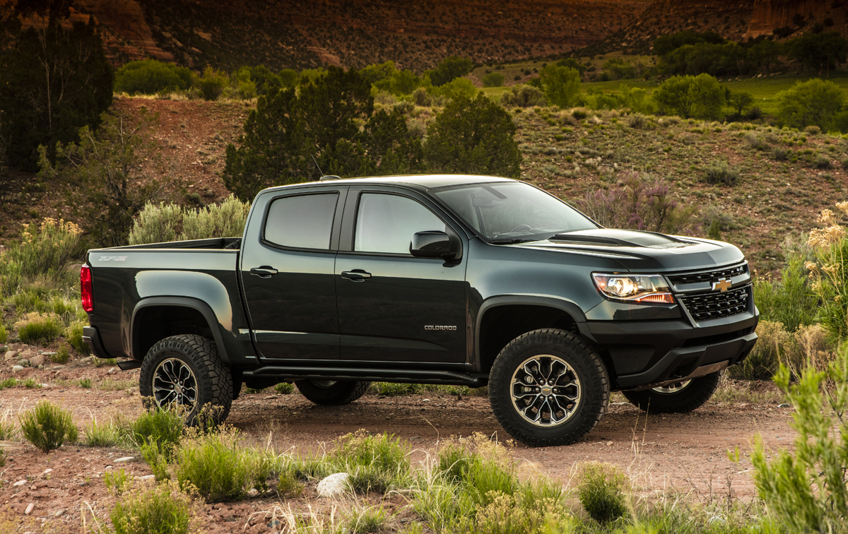 17-Chevy-Colorado-ZR2-11