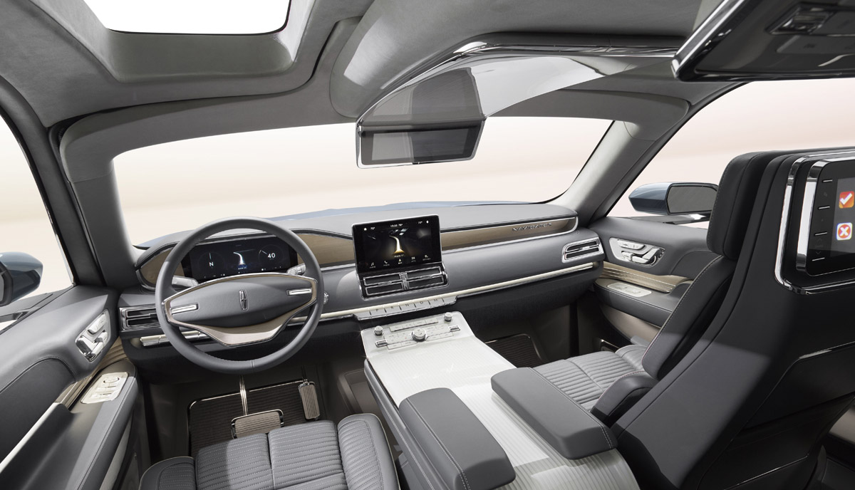 Lincoln Concept steering wheel