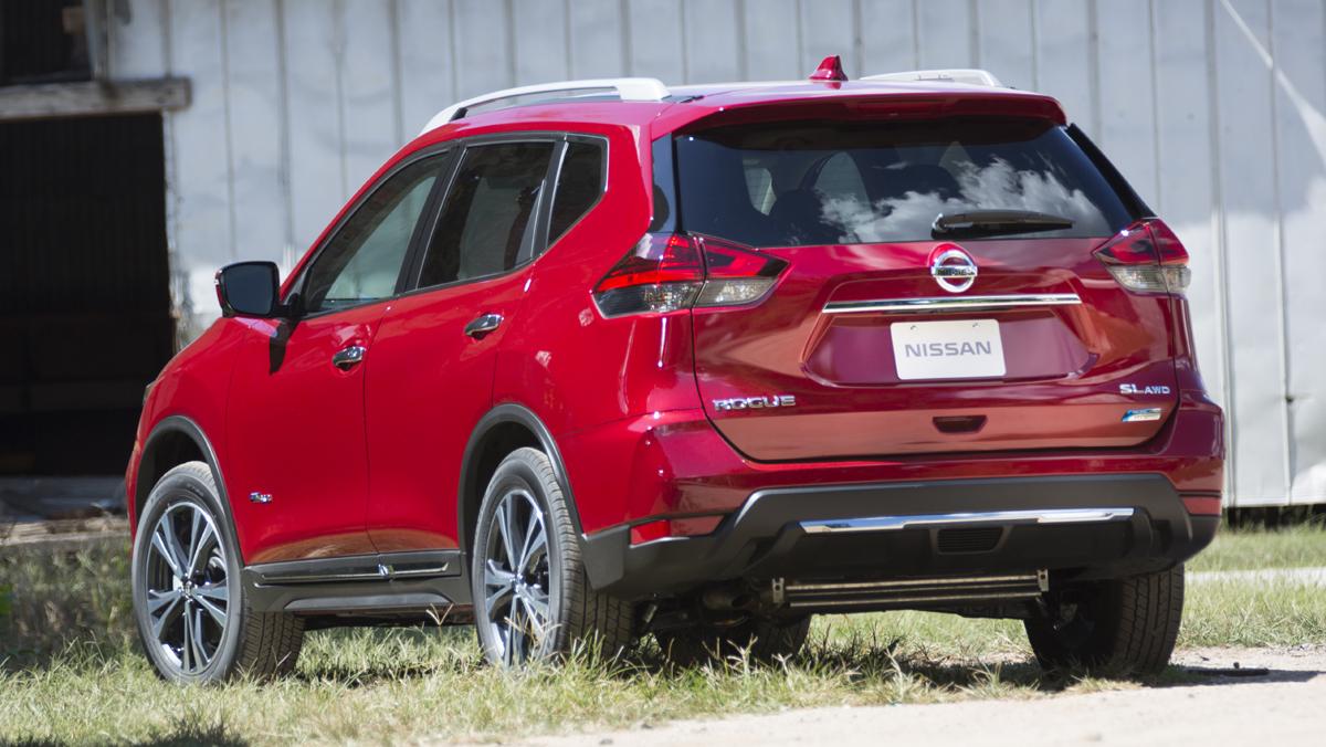 Quick Drive: 2017 Nissan Rogue Hybrid - TestDriven.TV