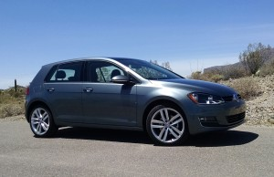 16-Volkswagen-Golf-1