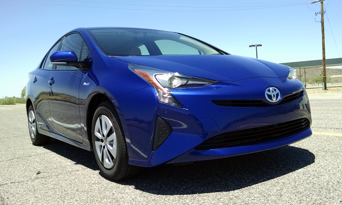 first drive 2016 toyota prius two eco testdriven tv. Black Bedroom Furniture Sets. Home Design Ideas