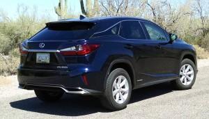 16-Lexus-RX450h-10